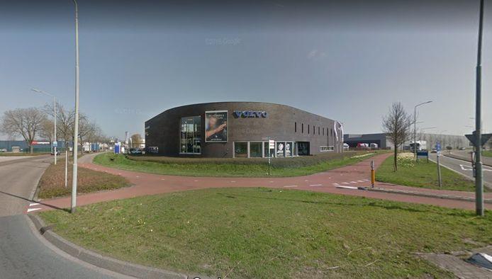 Het plan voor realiseren van een 'polenhotel' in een leegkomend autobedrijf op bedrijventerrein Ladonk in Boxtel roept meteen verzet op.