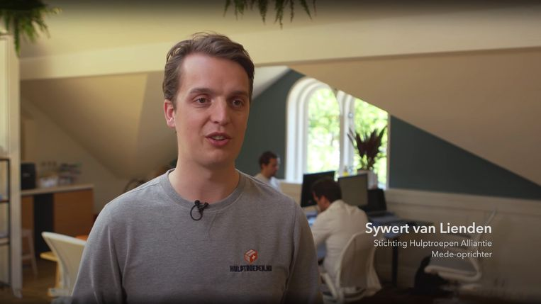 Sywert van Lienden, mede-oprichter van Stichting Hulptroepen Alliantie Beeld videostill SHA