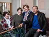 """Isabel (47) en Wim (54) staken 130.000 euro in de renovatie van hun huis, maar hun inkomsten schommelen door corona: """"Als we ruziemaken, gaat het over centen"""""""