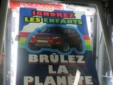"""""""Ignorez les enfants, brûlez la planète"""": Liège sans pub contre la publicité de l'industrie fossile"""