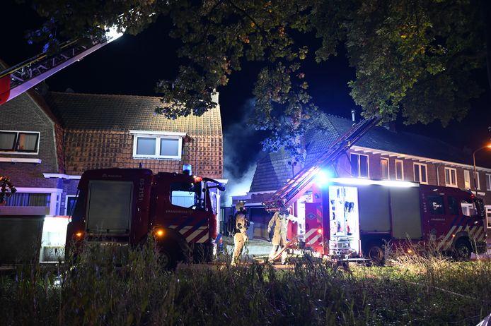 De brand was al snel onder controle. Er raakte niemand gewond.