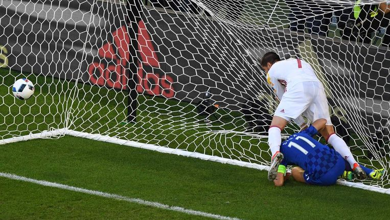 Morata loopt de 1-0 tegen Kroatië binnen Beeld anp