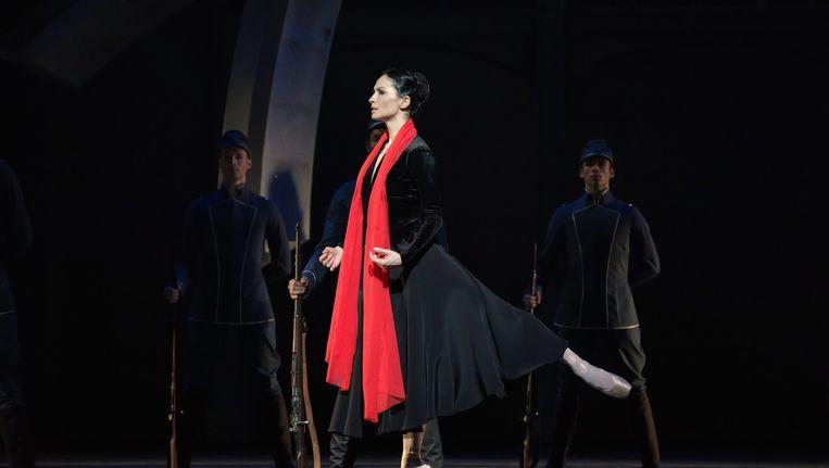 Anna Tsygankova als Mata Hari. Beeld null