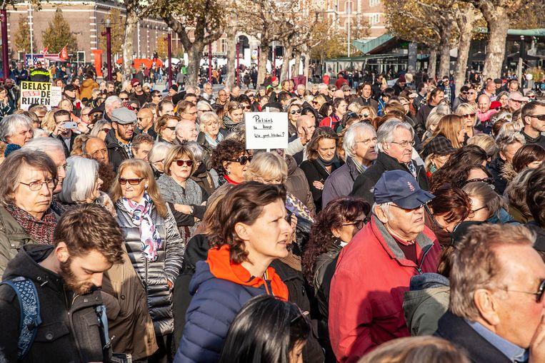 Protestdemonstratie naar aanleiding van het sluiten van het MC Slotervaartziekenhuis. Beeld Harry Cock