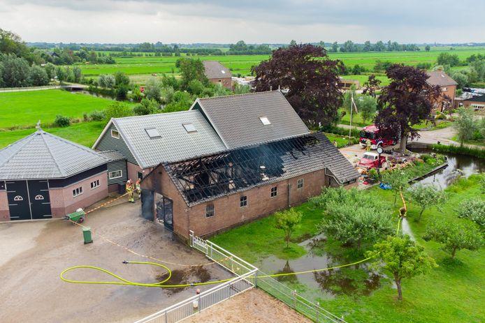 De brand brak maandagochtend uit in een schuur aan de Spengen in Kockengen.