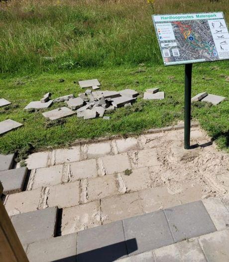 Vandalen slaan wéér toe in Apeldoorns Matenpark,  nu is hardlooproute de klos: 'Wie doet nou zoiets?'