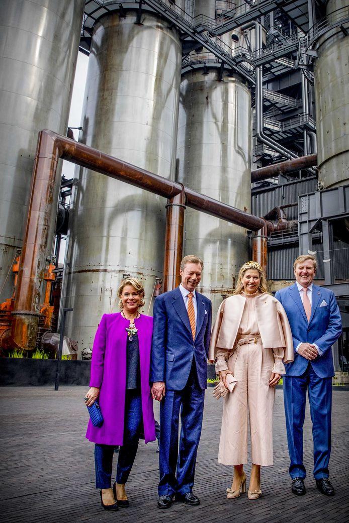 Koning Willem-Alexander, koningin Maxima, Groothertog Henri en Groothertogin Maria Teresa tijdens een bezoek aan de universiteit van Luxemburg en Campus Belval.