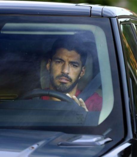 Laatste training bij Barça: Luis Suárez met tranen in de ogen op weg naar Atlético