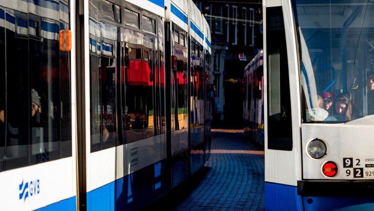 Meerdere gewonden door botsing tram met taxi Beeld ANP