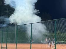 Tennisclub is klaar met overlast na 'aanslag' met vuurwerkbom: 'Het hele dorp lijdt onder dit probleem'