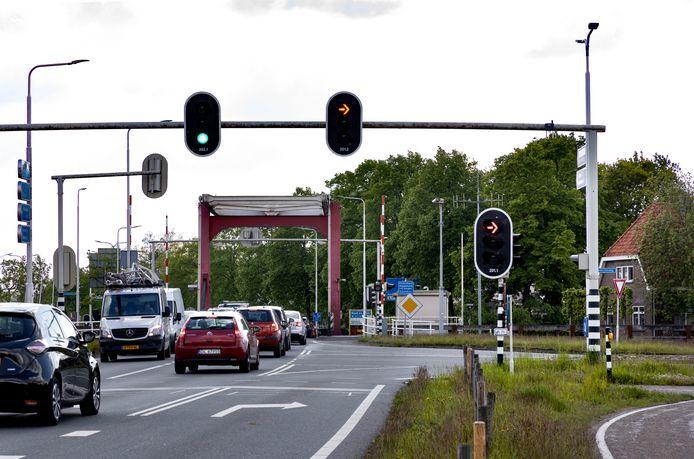 De Beekse Brug verkeerssituatie met rechts de Boscheweg