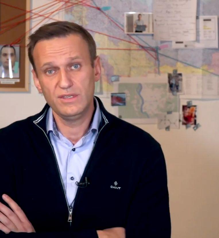 Eerder deze maand vertelde Navalny in een Instagram-video hoe hij in een foptelefoontje sprak met een geheim agent die betrokken was bij zijn vergiftiging. Beeld AP