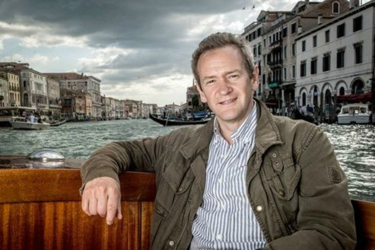 Alexander Armstrong en dokter Michael Scott maken gebruik van hoogtechnologische 3D-scanners om de verborgen geschiedenis van drie Italiaanse steden in beeld te brengen. Beeld rv