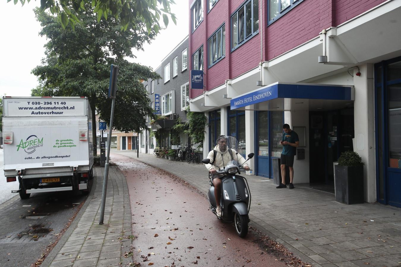 Het Amrath Hotel aan de Leenderweg biedt sinds eind vorig jaar onderdak aan ongeveer honderd arbeidsmigranten