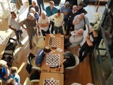 Arnhemse schaakclub wil instroom verder stimuleren met cursus voor beginners