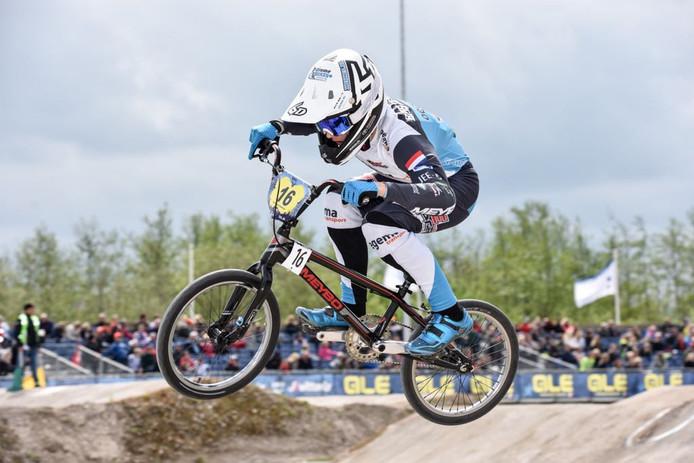 Julian Bijsterbosch in actie op het EK.