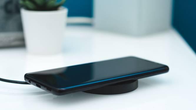 Draadloos je telefoon opladen? Dit moet je weten