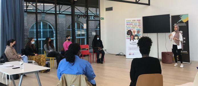 Van 16 tot en met 21 augustus organiseerde #SheDIDIT Youthpreneurs een summerschool in de Zomerfabriek in Berchem.