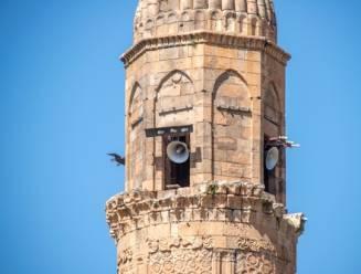 Turks dorp roept mensen persoonlijk op tot vaccinatie via luidsprekers van de moskeeën
