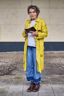 Anne-Marie fotografeert elke dag zwerfafval: 'Ik wil mensen choqueren met wat er allemaal op straat ligt'