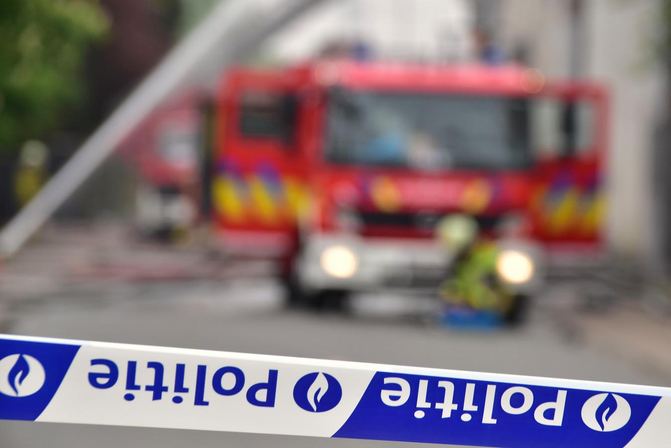 De brandweer snelde ter plaatse om de aangestoken brand op het Kerelsplein te blussen. Archiefbeeld ter illustratie.