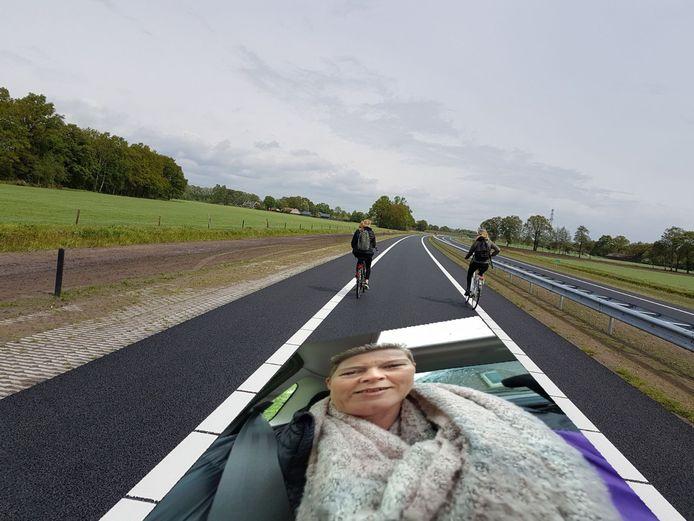Een unieke selfie van Kitty ter Braak. Tja, er stond niets in de spelregels over fotoshoppen...