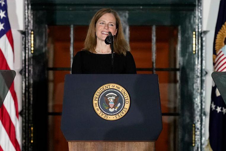 Amy Coney Barrett na de eedaflegging in het Witte Huis. Beeld AP