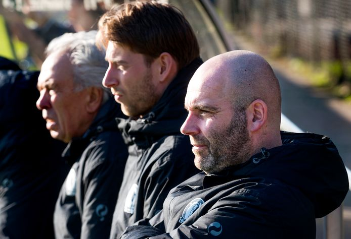 Jochem Twisker (rechts) is volgend seizoen de trainer van GVVV.