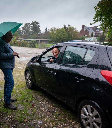 Omwonenden teleurgesteld over ontruiming van garageboxen in Elst die niet doorging