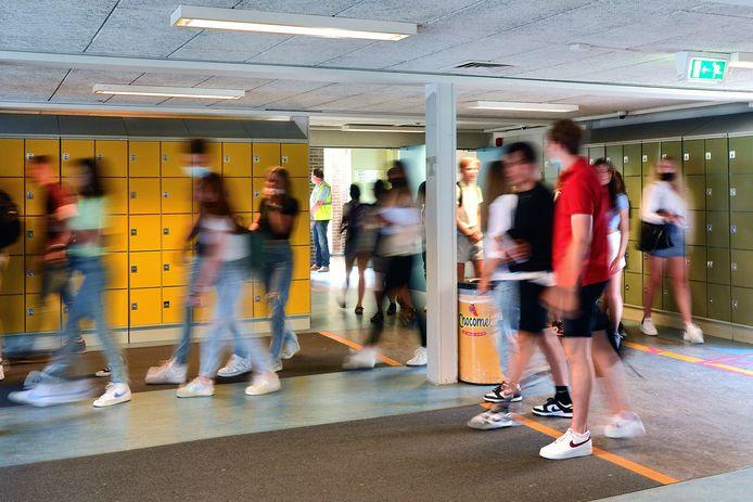 Het Norbertus Gertrudis Lyceum in Roosendaal verwacht aankomend schooljaar een kleine één miljoen euro aan extra geld van het ministerie om achterstanden door de coronacrisis in te lopen.