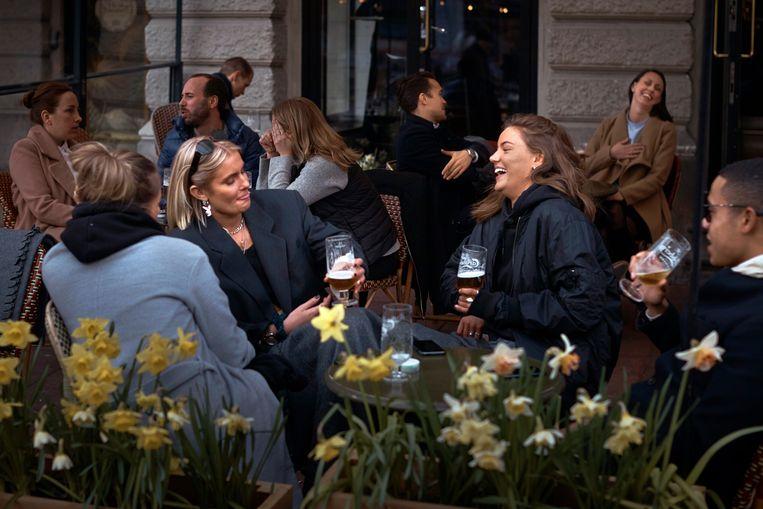 Het leven gaat zijn gewone gang in Stockholm. Beeld AP