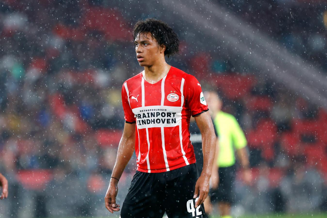 Fodé Fofana in het shirt van PSV 1.