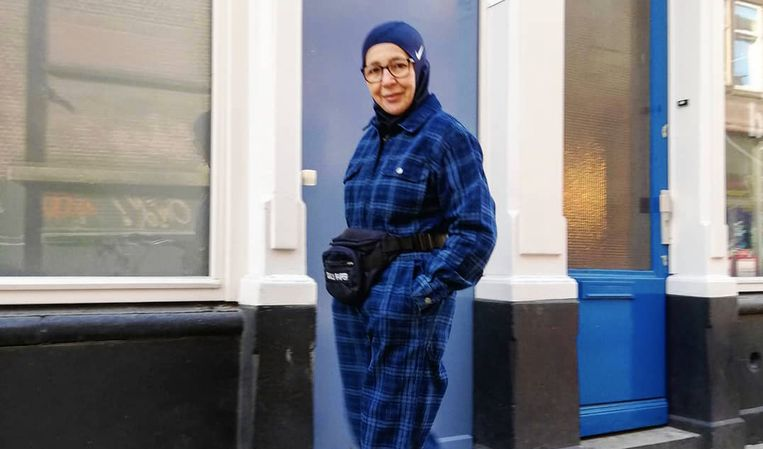 57261bccc26 Nederlandse tovert haar 66-jarige moeder om tot een hippe influencer ...