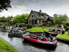 Voortaan betalen voor varen door Dorpsgracht in Giethoorn (behalve als je een eigen bootje hebt)