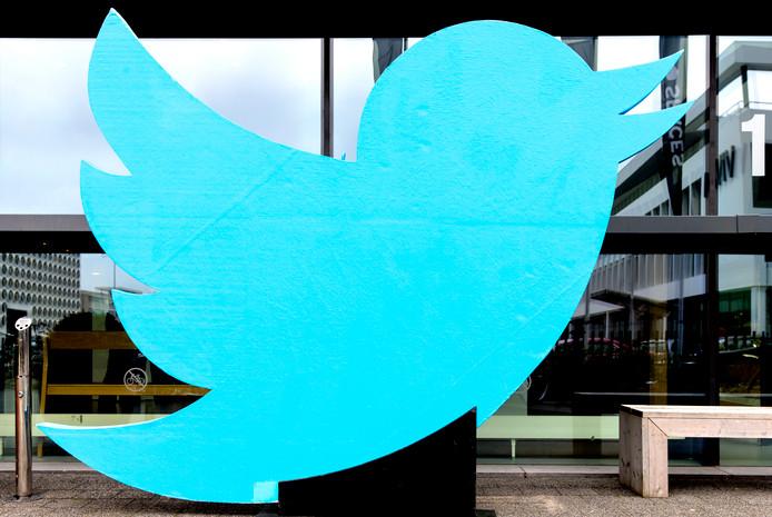 Het logo bij het Twitter kantoor in Amsterdam.