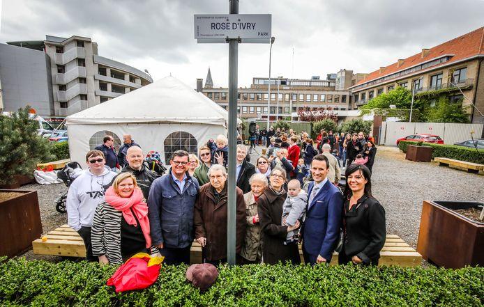 Het Rose d'Ivrypark werd geopend in bijzijn van de familie van de ballerina.