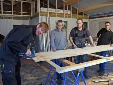 Groede tussen nostalgie en modern: Kleinste bar van Zeeland behouden, maar puntdakjes sneuvelen