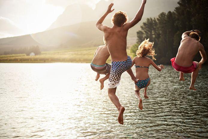 Op vakantie gaan met vrienden is erg lastig als je minder verdient dan de rest.