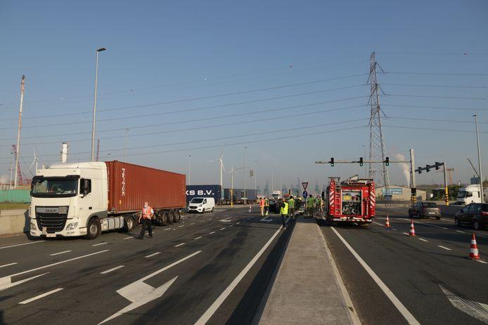 Er ontstond lichte verkeershinder na het ongeval.