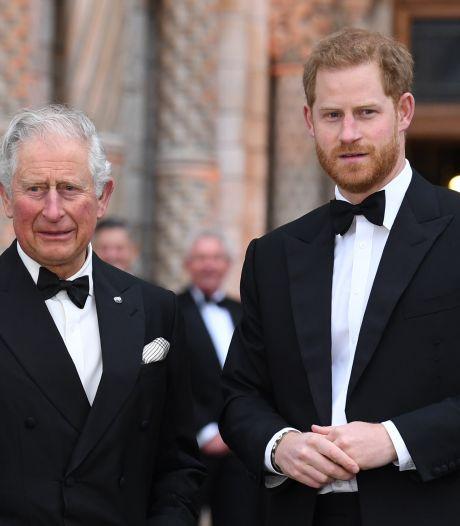 """Le prince Harry a quitté son pays pour """"rompre le cycle"""" de la souffrance familiale"""