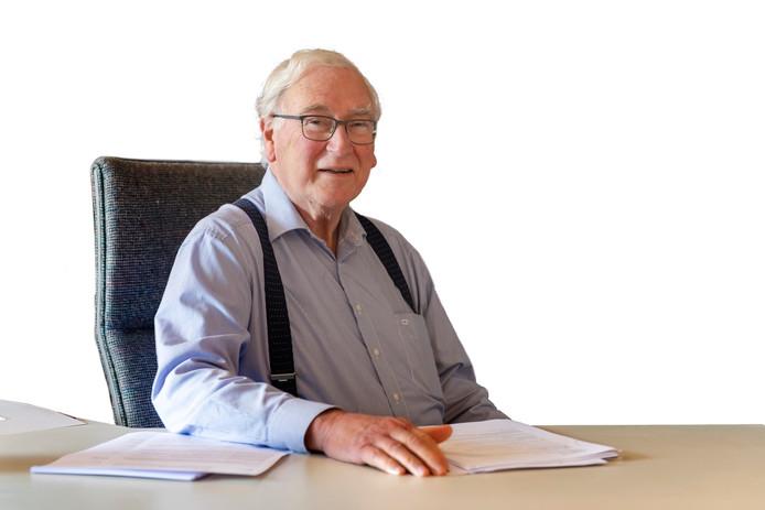 Burgemeester Moonenlaan, Dick Schonis advocaat van de familie Goudstikker.
