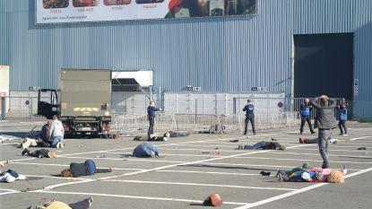 Grote rampoefening aan Flanders Expo: vrachtwagen rijdt in op concertgangers