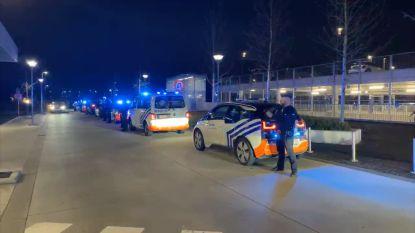 Politie huldigt helden van AZ Sint-Maarten in Mechelen met luid applaus