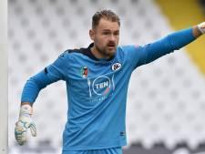 Voormalig PSV-keeper Jeroen Zoet is weer eerste man en handhaaft zich met Spezia in de Serie A