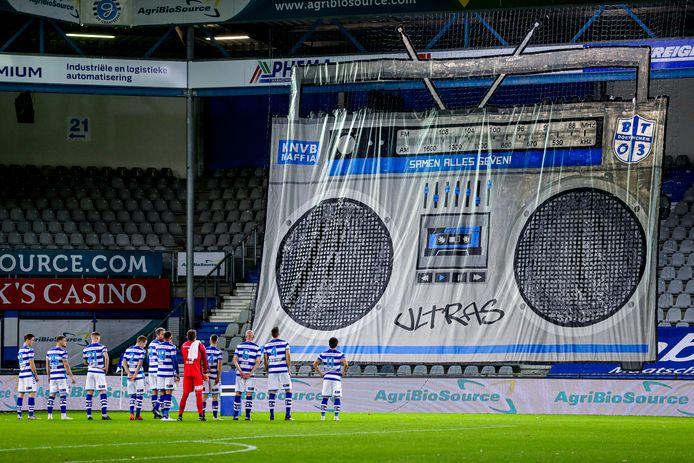 De Graafschap speelt al tijden voor lege tribunes en dat scheelt de club enorm veel inkomsten.