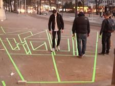 Kunstwerk van tape geeft kijkje in de toekomst Coolsingel