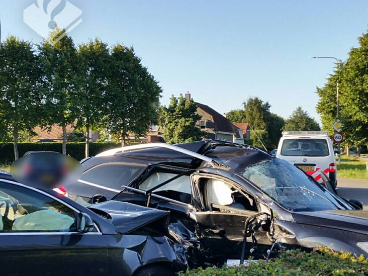 Flinke ravage na ongeval op Plantagebaan in Wouw