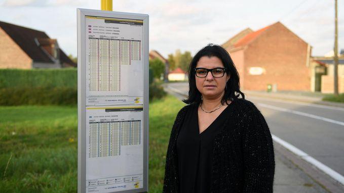 Chauffeur De Lijn leert kinderen lesje na belletje trek: groep leerlingen mag twaalf halten niet afstappen