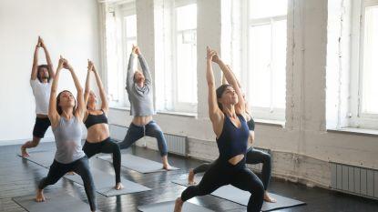 7 dingen die je moet weten voor je allereerste yogales