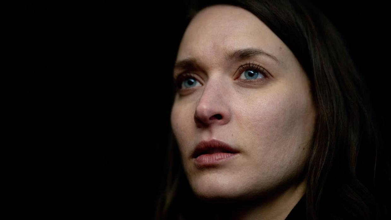 Actrice Josefin Asplund speelt de jonge moeder Jenni in 'Snow Angels'. Beeld imdb